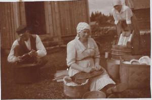 Kalle, Anna, Lydia och Anna-Greta år 1920,  0001