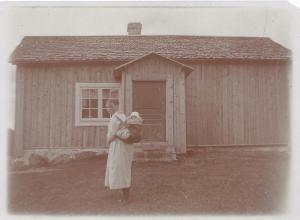 SmidsAnna och Anna-Greta Karlsson (1921)