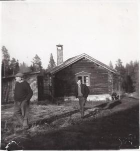 Bogg Alfred och Muså Karl Olmats (245-7)